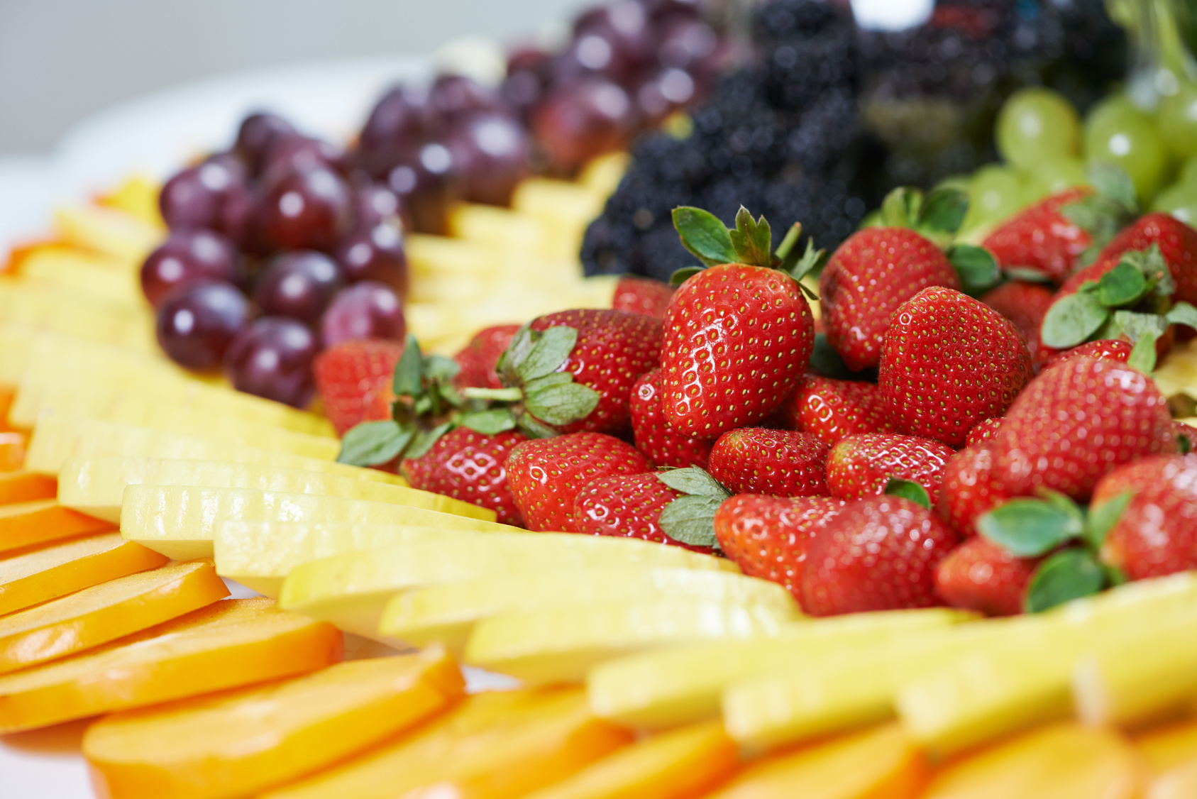 Rupa vira catering services close up fruit catering table set rupa vira catering services - Deco snack ...